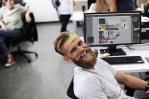 Gesunder Arbeitsplatz ohne Ablenkung - Info aus dem Blog der PRAXIS für Gesundheit und Lebensfreude, Meggen, Luzern, Schweiz